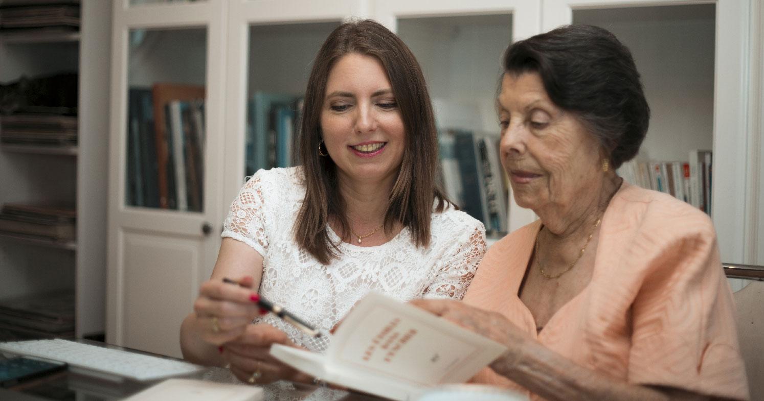 Agnès et sa grand mère - récits de vie